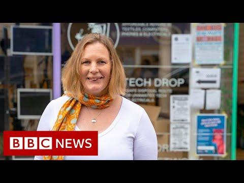 The repair shop aiming to fix throwaway culture – BBC News